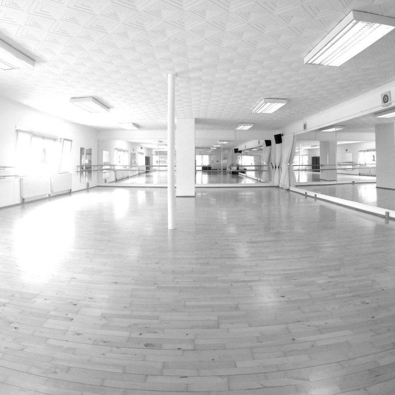 Studio1-blackwhite